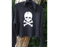 Step n Pump Essentials Black Crossbone and Skull Cross Back Hoodie