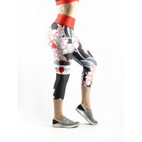 Combat Dollies Tumbling Peonies Capri Fitness Leggings